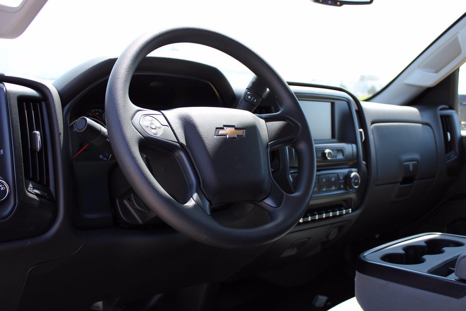 2020 Chevrolet Silverado 5500 DRW 4x2, Cab Chassis #D100457 - photo 4