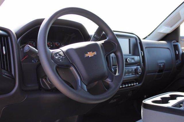 2020 Chevrolet Silverado Medium Duty Regular Cab DRW RWD, Cab Chassis #D100458 - photo 4