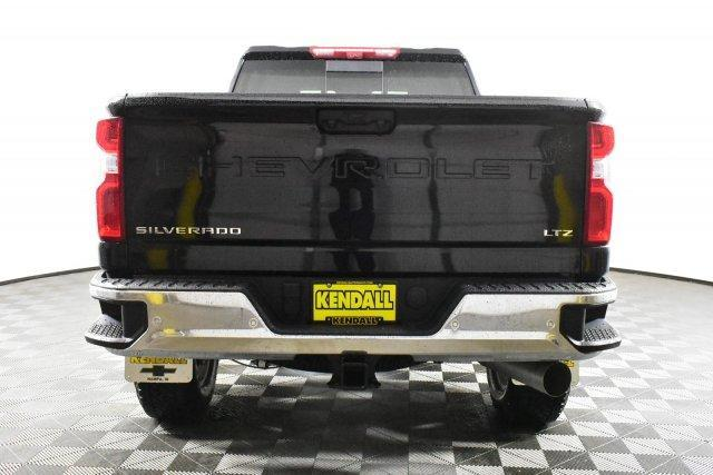 2020 Silverado 3500 Crew Cab 4x4, Pickup #D100524 - photo 3