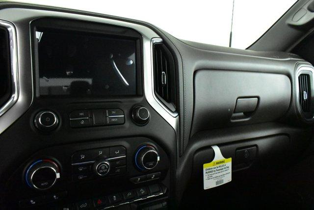 2020 Silverado 3500 Crew Cab 4x4, Pickup #D100525 - photo 10