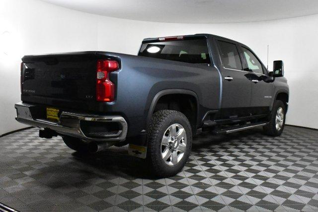 2020 Silverado 3500 Crew Cab 4x4, Pickup #D100525 - photo 5