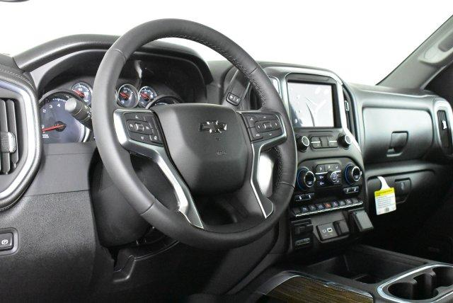 2020 Silverado 1500 Crew Cab 4x4, Pickup #D100536 - photo 10
