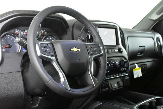 2020 Chevrolet Silverado 1500 Crew Cab 4x4, Pickup #D100540 - photo 10
