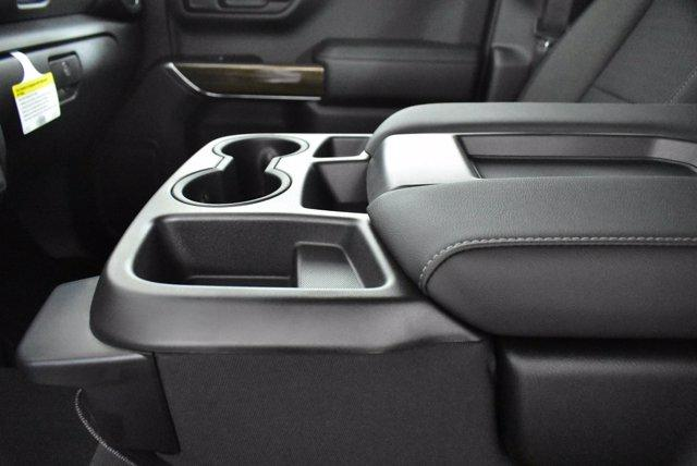 2020 Chevrolet Silverado 1500 Crew Cab 4x4, Pickup #D100607 - photo 13