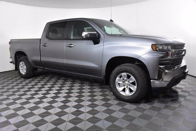 2020 Chevrolet Silverado 1500 Crew Cab 4x4, Pickup #D100607 - photo 4