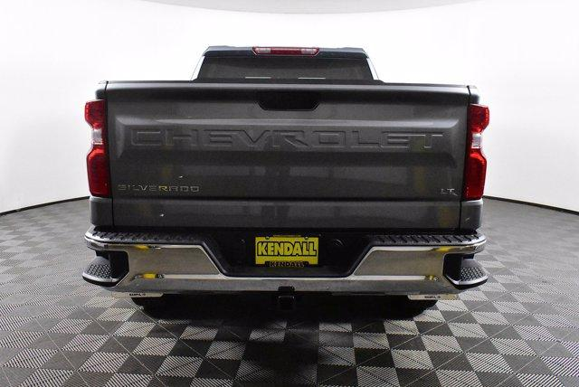 2020 Chevrolet Silverado 1500 Crew Cab 4x4, Pickup #D100607 - photo 8