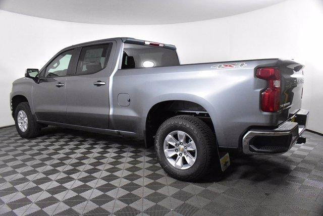 2020 Chevrolet Silverado 1500 Crew Cab 4x4, Pickup #D100607 - photo 2