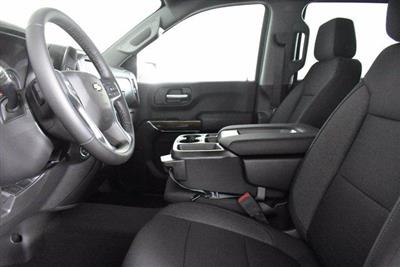 2020 Chevrolet Silverado 1500 Crew Cab 4x4, Pickup #D100607 - photo 15