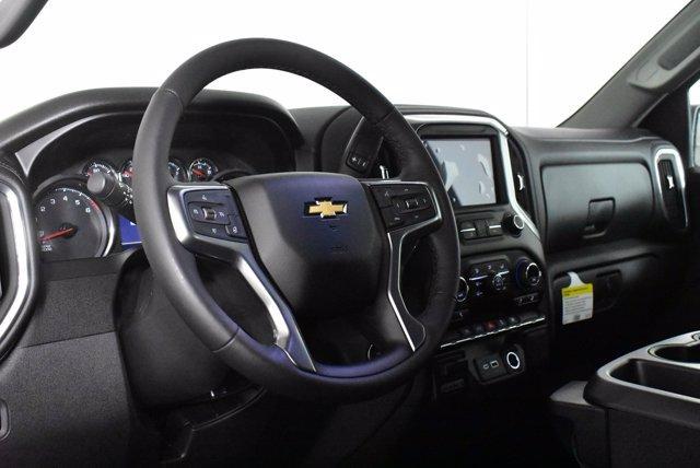 2020 Chevrolet Silverado 1500 Crew Cab 4x4, Pickup #D100608 - photo 10