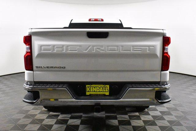 2020 Chevrolet Silverado 1500 Regular Cab 4x4, Pickup #D100643 - photo 6