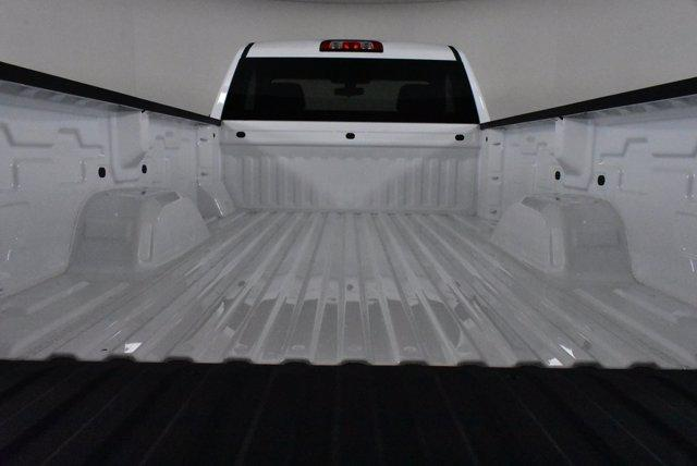 2020 Chevrolet Silverado 1500 Regular Cab 4x4, Pickup #D100643 - photo 7