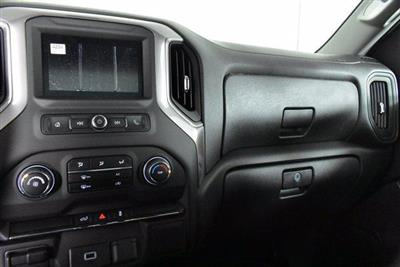 2020 Chevrolet Silverado 1500 Regular Cab 4x4, Pickup #D100643 - photo 10