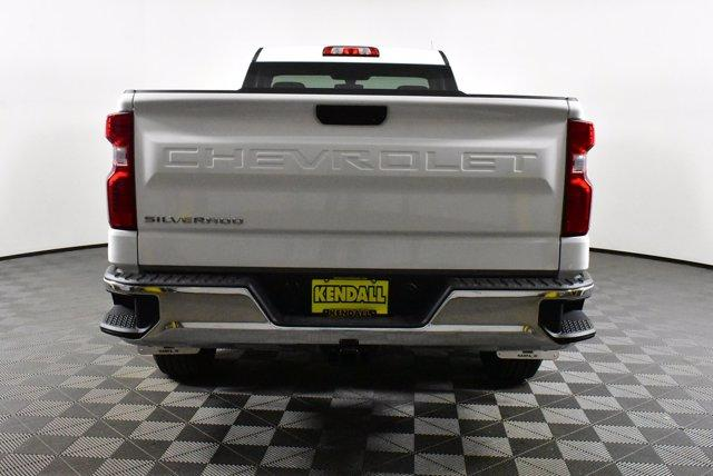 2020 Chevrolet Silverado 1500 Regular Cab 4x4, Pickup #D100644 - photo 7