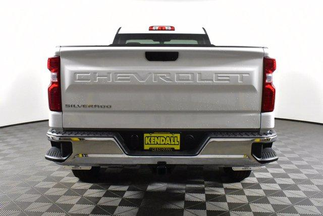2020 Chevrolet Silverado 1500 Regular Cab 4x4, Pickup #D100645 - photo 7