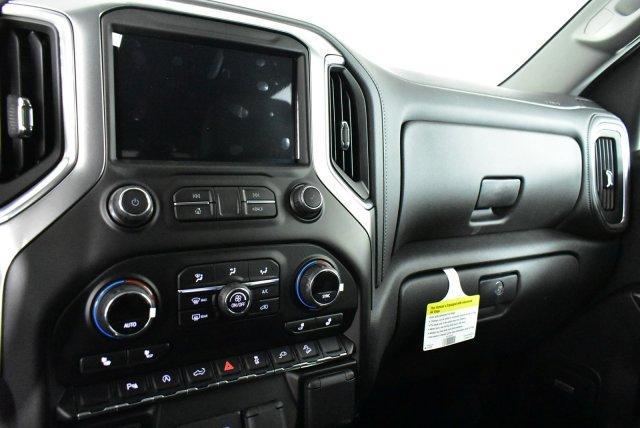2020 Silverado 1500 Crew Cab 4x4, Pickup #D100697 - photo 12