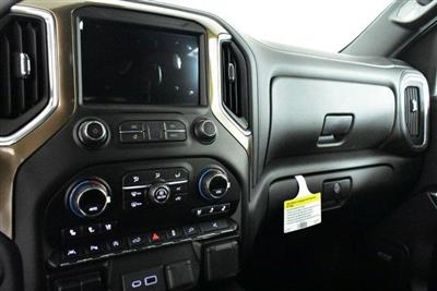2020 Chevrolet Silverado 1500 Crew Cab 4x4, Pickup #D100702 - photo 12