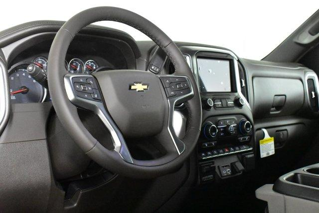 2020 Chevrolet Silverado 1500 Crew Cab 4x4, Pickup #D100718 - photo 10