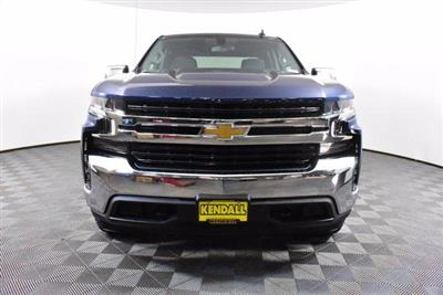 2020 Chevrolet Silverado 1500 Crew Cab 4x4, Pickup #D100746 - photo 3