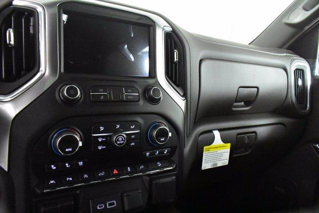 2020 Chevrolet Silverado 1500 Crew Cab 4x4, Pickup #D100756 - photo 11