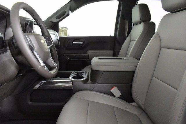 2020 Chevrolet Silverado 1500 Crew Cab 4x4, Pickup #D100756 - photo 14