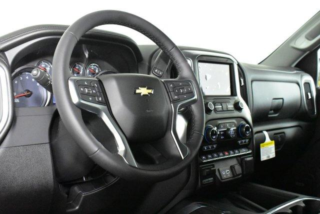 2020 Chevrolet Silverado 1500 Crew Cab 4x4, Pickup #D100758 - photo 10
