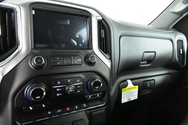 2020 Silverado 1500 Crew Cab 4x4, Pickup #D100806 - photo 12