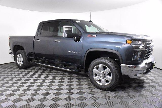 2020 Chevrolet Silverado 2500 Crew Cab 4x4, Pickup #D100996 - photo 4