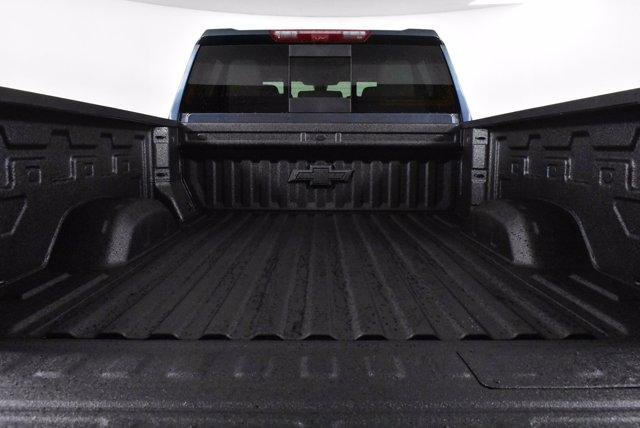 2020 Chevrolet Silverado 2500 Crew Cab 4x4, Pickup #D100996 - photo 8