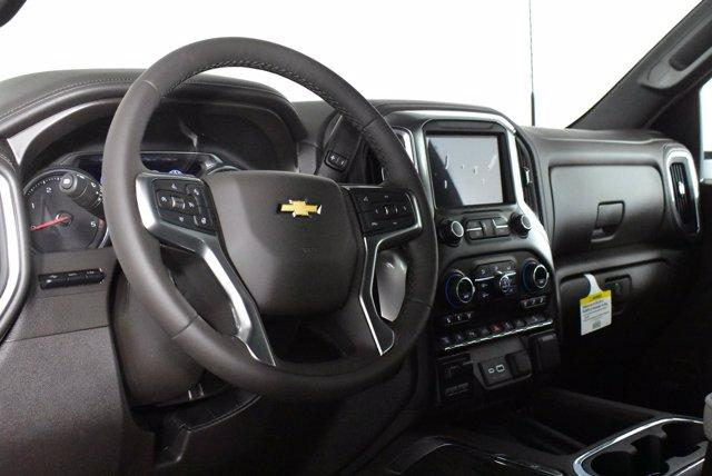 2020 Chevrolet Silverado 2500 Crew Cab 4x4, Pickup #D100996 - photo 9