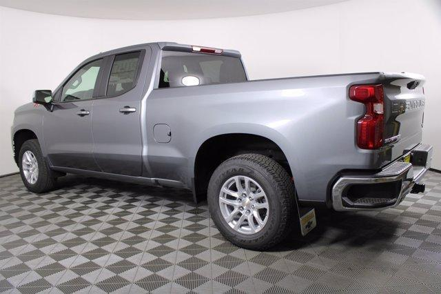 2020 Chevrolet Silverado 1500 Double Cab 4x4, Pickup #D101060 - photo 2