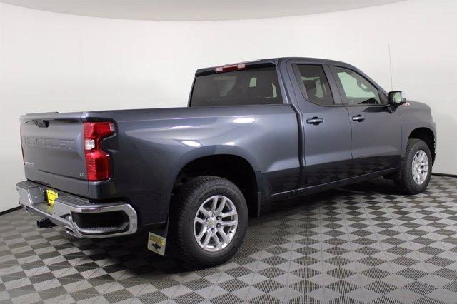 2020 Chevrolet Silverado 1500 Double Cab 4x4, Pickup #D101061 - photo 2