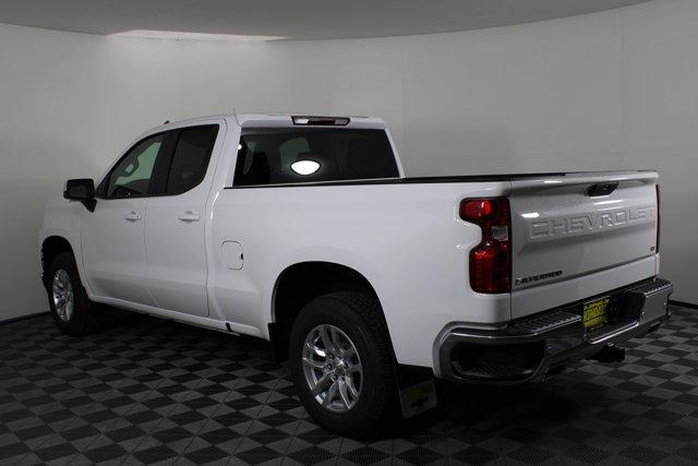 2020 Chevrolet Silverado 1500 Double Cab 4x4, Pickup #D101062 - photo 2