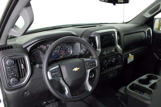 2020 Chevrolet Silverado 1500 Double Cab 4x4, Pickup #D101062 - photo 5