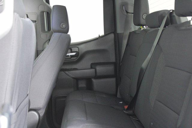 2020 Chevrolet Silverado 1500 Double Cab 4x4, Pickup #D101062 - photo 7
