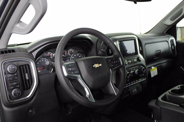 2020 Chevrolet Silverado 2500 Crew Cab 4x4, Pickup #D101065 - photo 4