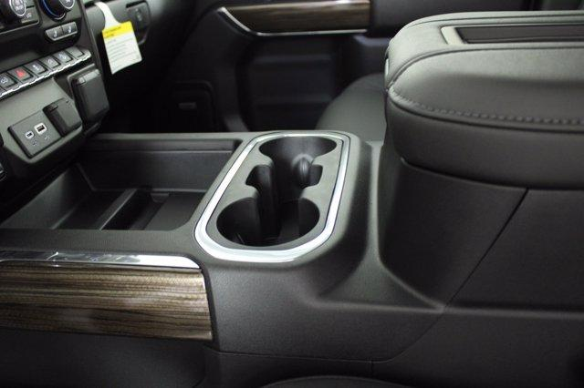 2020 Chevrolet Silverado 1500 Crew Cab 4x4, Pickup #D101091 - photo 12