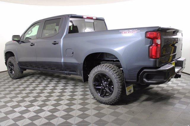 2020 Chevrolet Silverado 1500 Crew Cab 4x4, Pickup #D101091 - photo 2