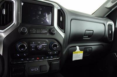 2020 Chevrolet Silverado 1500 Crew Cab 4x4, Pickup #D101147 - photo 12