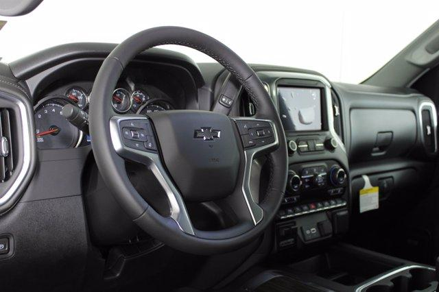 2020 Chevrolet Silverado 1500 Crew Cab 4x4, Pickup #D101149 - photo 10