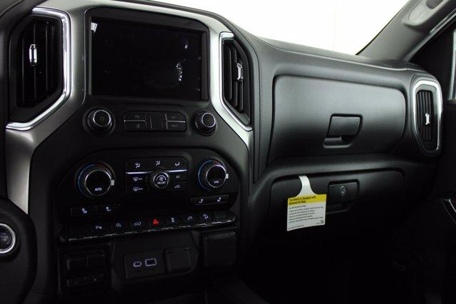 2020 Chevrolet Silverado 1500 Crew Cab 4x4, Pickup #D101149 - photo 12