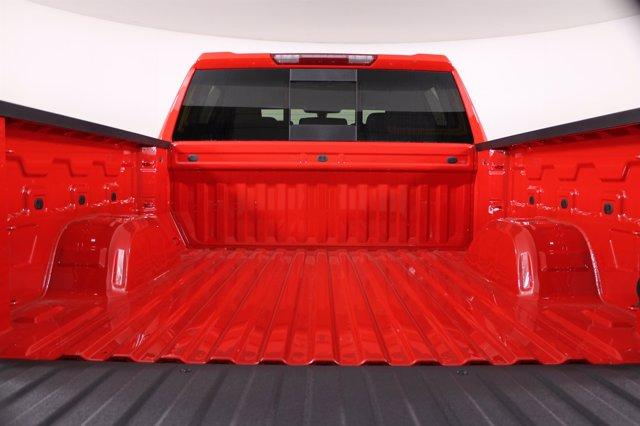 2020 Chevrolet Silverado 1500 Crew Cab 4x4, Pickup #D101152 - photo 9