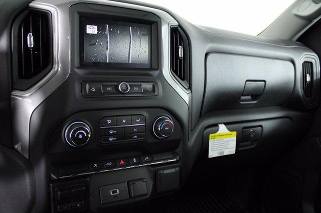 2020 Chevrolet Silverado 1500 Crew Cab 4x4, Pickup #D101164 - photo 10