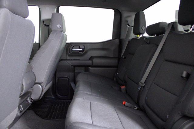 2020 Chevrolet Silverado 1500 Crew Cab 4x4, Pickup #D101164 - photo 13