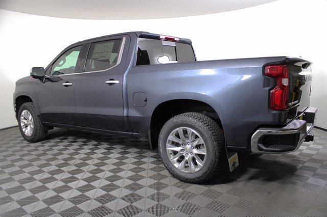 2020 Chevrolet Silverado 1500 Crew Cab 4x4, Pickup #D101180 - photo 2