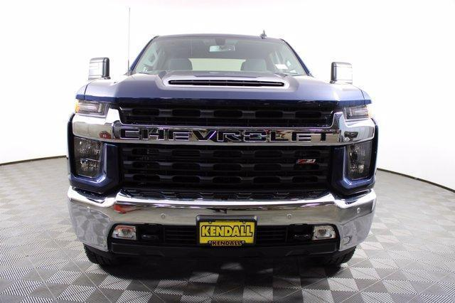 2020 Chevrolet Silverado 2500 Crew Cab 4x4, Pickup #D101214 - photo 3