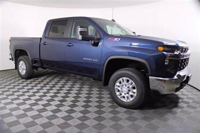 2020 Chevrolet Silverado 2500 Crew Cab 4x4, Pickup #D101214 - photo 4