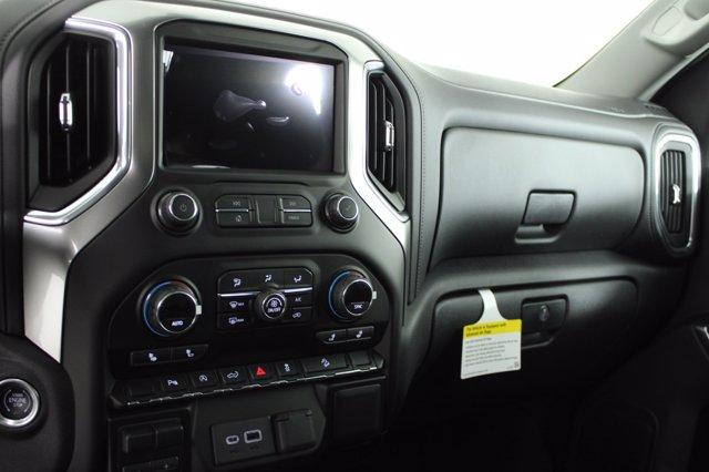 2020 Chevrolet Silverado 1500 Crew Cab 4x4, Pickup #D101239 - photo 11