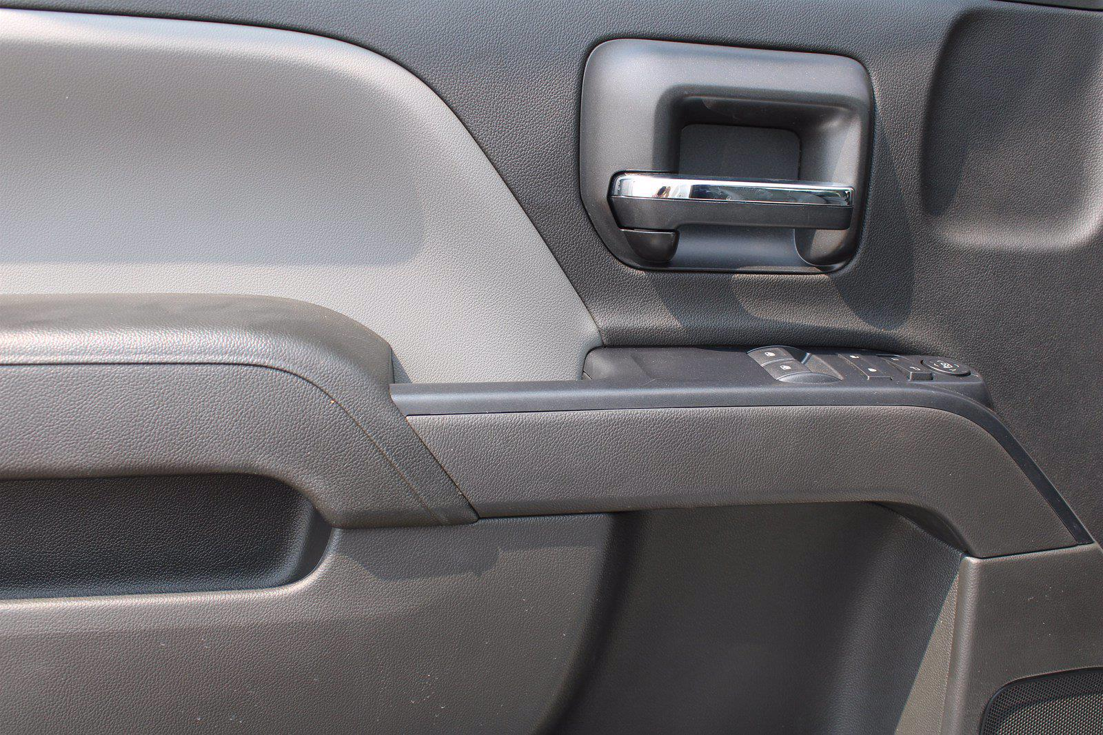 2020 Silverado 5500 Regular Cab DRW 4x4,  Scelzi CTFB Contractor Body #D101277 - photo 6