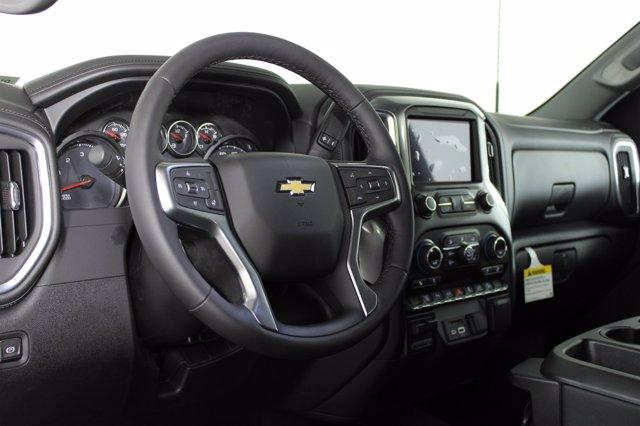 2021 Chevrolet Silverado 2500 Crew Cab 4x4, Pickup #D110121 - photo 8