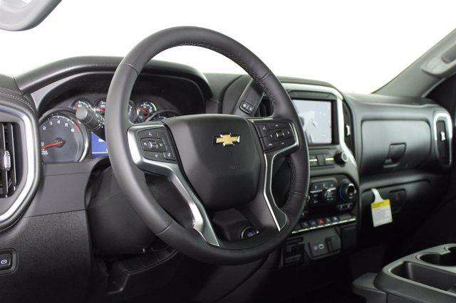 2021 Chevrolet Silverado 1500 Crew Cab 4x4, Pickup #D110178 - photo 10